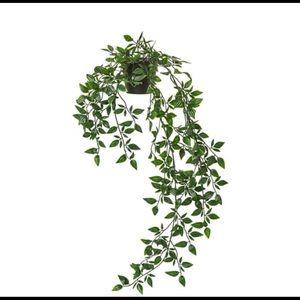 Artificial hanging plant pot